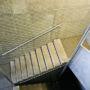 Síť na únikovém schodišti, Praha 1 – Petrské náměstí